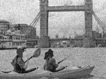 tower-bridge-kayak